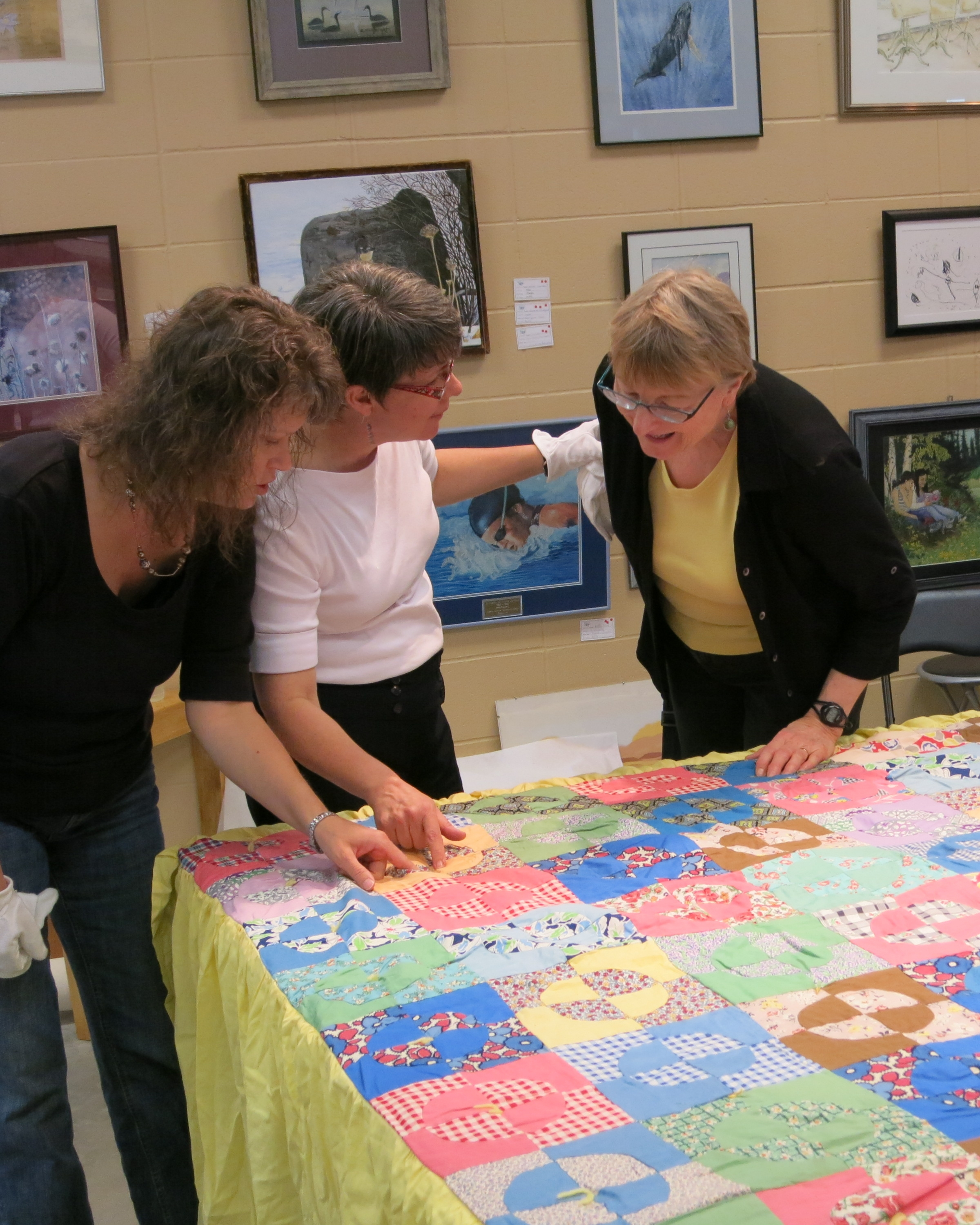 LRA.3,1pm - Alberta Quilt Project (Alberta Quilts and Quiltmakers) - DAYTIME LECTURE